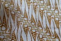 About Griya Khenest Galery Batik