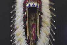 Urfolk, indianere, miljø / Høvdingen sin pryd, ørnefjør?