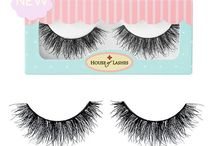 Smokey Muse lashes / Reflect deeply and dream freely. The source of your inner goddess and inspiration comes from within. Introducing Smokey Muse, the newest addition to our Glam Collection! Our new lash spikes the interest of every artist and inspires every makeup look. This multi-layered, moderately dense, and oh-so wispy lash style is made with our thin flexible band for extra style and comfort. Supremely fitting for every smokey eye or a night on the town. #smokeymuse