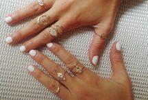 jewels / by Leandra Patlan