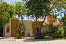 Romance on the Riviera Maya – Beautiful Homes that we Love! / Amazing and romantic homes within the #RivieraMaya area, fall for these gorgeous houses in #PlayadelCarmen #Tulum #Akumal and #Cancun and feel the LOVE!