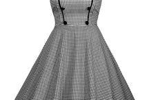 rochita in carouriVestimentație femei