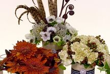 Flower Trend : Grand Lodge 2014 / Flower Trend Grand Lodge is earthen simplicity combined with manmade luxury. It blends natural, rustic materials with metals, glass and crystal that have luster and sheen