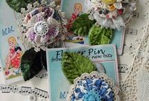 Flores de papel y tela