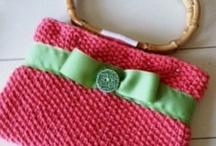 Delightfuldiva / Hand Knitted purses  / by Nicole Ferreira Reinert