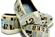 Shoes, belts, purses & more / by Kathleen Wagoner