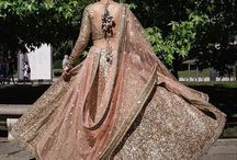 Sabyasachi bridal lehenga / The dream of every Indian bride-to-be is to adorn a Sabyasachi bespoke couture lehenga :)