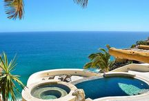 Los Cabos Vacation Rentals / Here are some of our favorite villa rentals in Los Cabos, Mexico. Vacation villa rentals are a great alternative to resort getaways, offering privacy, luxury and great amenities. Perfect from groups and family vacations, villas are often competitive in price with a comparable resort stay! Kick back in your private pool and enjoy the views! From Cabo San Lucas to San Jose del Cabo, and beyond!