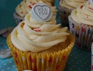 Hen Party Food, Drink and Refreshments / Ideas to keep guests on a hen party fed, watered and happy!