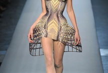 Avant garde / Research of avant garde fashion including structural fashion