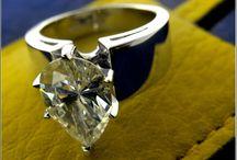 Pear shaped tear drop cubic zirconia @ chicjewelry.com / Jewelry made with pear shape cz cubic zirconia