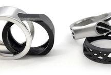 UNISEX / Anillos intercambiables: Plata + Plata Oxidada. Acabado brillo. Diseño Nuria Parrado Sarandeses. Fabricación en Grecia.