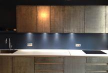 Façades de cuisine en métal / Le Métal Marius Aurenti est un enduit décoratif extrêmement pur à appliquer en une fine couche sur tous types de supports.