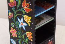 Tulipános ládák / Painted furniture/ Hungarian tulip chest / www.artdekor.scsk.hu Hungarian hand painted furniture, tulip chest....