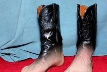 feet / by Angela Wilno Garcia