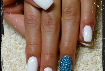 nails by thekla!