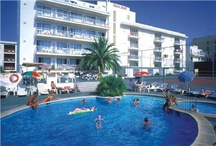 Cheap and Cheerful Hotels / Cheap and cheerful hotels that are very popular with our customers.