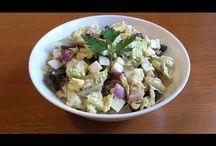 Mackerel&China cabbage salad.Salată din varză China și macrou.Салат из Китайской капусты и скумбрией. / Ingredients: mackerel-170g, China cabbage-200g, 3 eggs, black olives-100g, 1/2 red onion, olive oil with basilic, lemon juice and salt. Ingrediente: macrou -170g, varză chinezească-200g, 3 ouă, măsline negre-100gr, 1/2 ceapă roșie, ulei de măsline cu busuioc, suc de lămâie și sare. Ингредиенты: скумбрия-170г, Китайская капуста-200г, три яйца, маслины чёрные-100г, половина красного лука, масло оливковое с базиликом, лимонный сок и соль.
