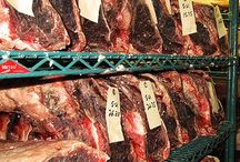 Dry aging steak