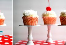 Mini Pies, Cakes, Pops and Macaroons / Individual dessert ideas for showers, birthday parties, weddings and other fun events! / by Elizabeth Rubio