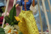 Festa Princesas da Disney / Aniversário infantil com decoração temática de Princesas da Disney, as personagens favoritas das meninas. Festa de 1 ano no Espaço Florescer Eventos, buffet infantil lúdico na Zona Leste de São Paulo.