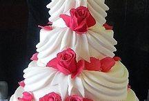 creative cakes / by Sue Sutcliffe