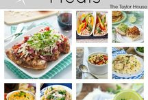 Slow Cooker Favorites / Slow cooker recipes that sound easy and yummy.