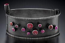 Jewelry - Cuffs / by Wendy Duggan