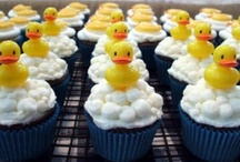 What's not to love about...cupcakes!!!! / by Jonelle Semancik