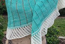 Knit Gallery: Lighthouse shawl. / Beautiful Lighthouse shawls made by knitters around the world.