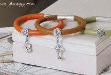 Zodiac signs beaded charm bracelet / Leather bracelets| astrological and zodiac charms| charms| sterling silver| pendants| bracelets| pandora| pandora bracelets| zodiac|fashion| Zodiac signs beaded charm bracelet