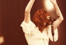 florence+the machine as a separate art form♡