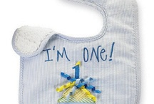 First Birthday Bibs / Boys and girls first birthday bibs. We have many choices so your sure to find the perfect one.