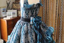 ドレスのコサージュデザイン