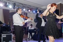 Nunta Alexandra Si Ciprian / Nunta Alexandra si Ciprian la Hotel Albert Ploiesti. Muzica Live asigurata de Formatie Nunta Bucuresti Andrei Racu Band. www.andreiracuband.ro