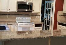 Rocky Mountain Granite / Rocky Mountain Granite with 3x6 Tile Backsplash-Cestino-smokey Mica