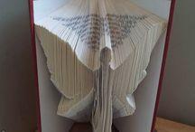knižné sochy