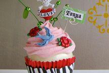 Cupcakes! / by Tonya Bowers