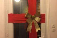 décoration de noël / gift wrapped door