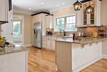 Marsh Kitchens Project - Arbor Run / Kitchen Project made possible by the trusted designers of Marsh Kitchens.