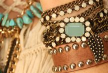 accessories/bling