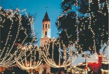 Nights of Lights in Nearby St. Augustine / Nearby St. Augustine is famous for its 3 million sparkling lights in the historic city. Beautiful holiday Lighting creates an enchanting look in downtown historic St. Augustine. #Vacation #Holiday #Florida #NightsofLights   At RE/MAX Flagstaff our dedicated REALTORS® are driven to serve you and are committed to success. Please let us know how we can assist you with your real estate needs in Flagler County, Florida and beyond. Call us at (386) 246-8585.