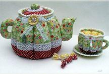 Чайники, стаканы, блюдца из ткани