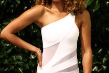 [Inspiration] White one-pieces / Crispy white one-pieces that look good on everyone   www.mybikinimusthaves.com