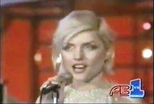 Singlist WOMAN