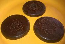 Bon-bon, zizi, töltött csoki