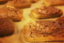 Skinnee B's / Skinnee B's offers gluten free, dairy free, low calorie snack cakes at United Kitchen!