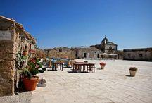 Marzamemi - il borgo - / L'antico borgo marinaro di Marzamemi  - Marzamemi the old sea village -