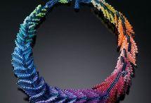 Šité šperky / Bead woven jewelry / Sbírka korálkové inspirace aneb něco k pokoukání :-)