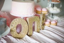 Pink and Gold Girl First Birthday Party / Gold and Pink Glitter Party. www.wherethegreengrassgrowsdesigns.com